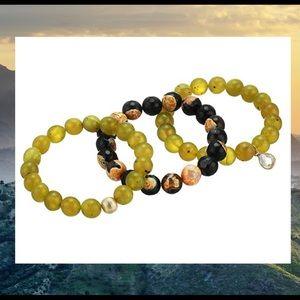 Dee Berkley Growing Agate Gemstone Beaded Bracelet